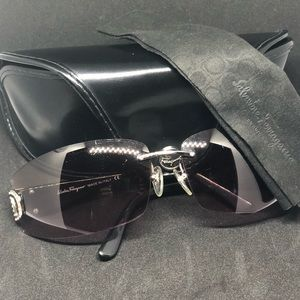 Pre owned sunglasses